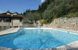 Residence with swimming pool on Lake Garda, we look forward to you with enthusiasm